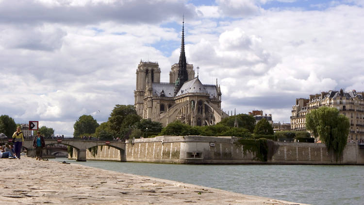 VIP Paris: Notre Dame Cathedral