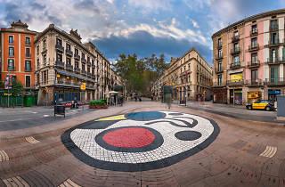 La Rambla amb el mosaic de Joan Miró