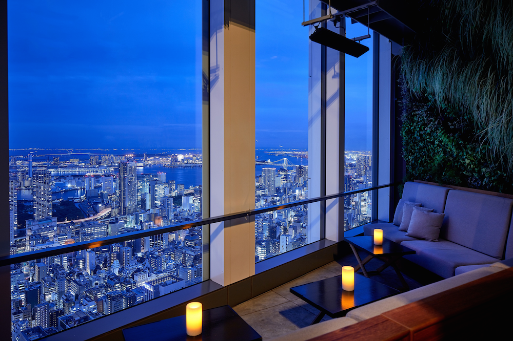 These rooftop bars and restaurants have the best views of Tokyo