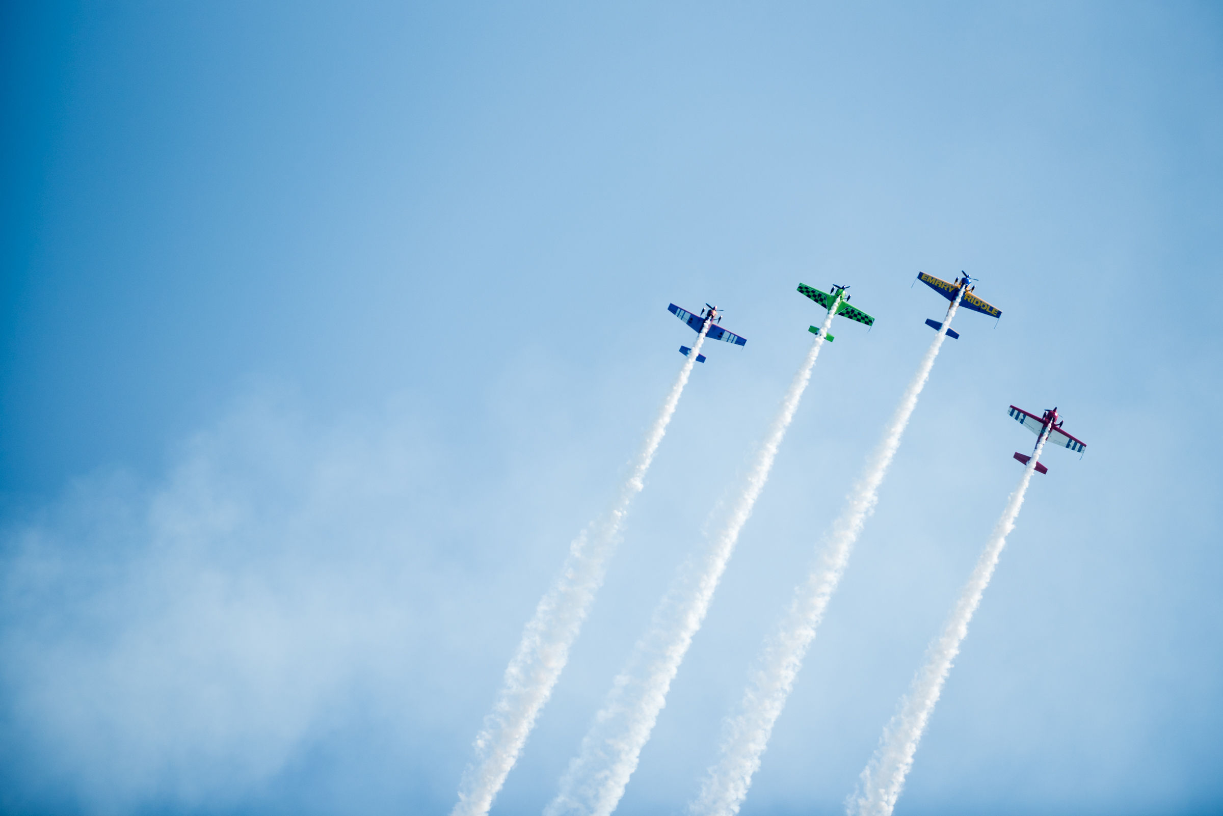 Check out photos of the high-flying stunts at the Chicago Air and Water Show
