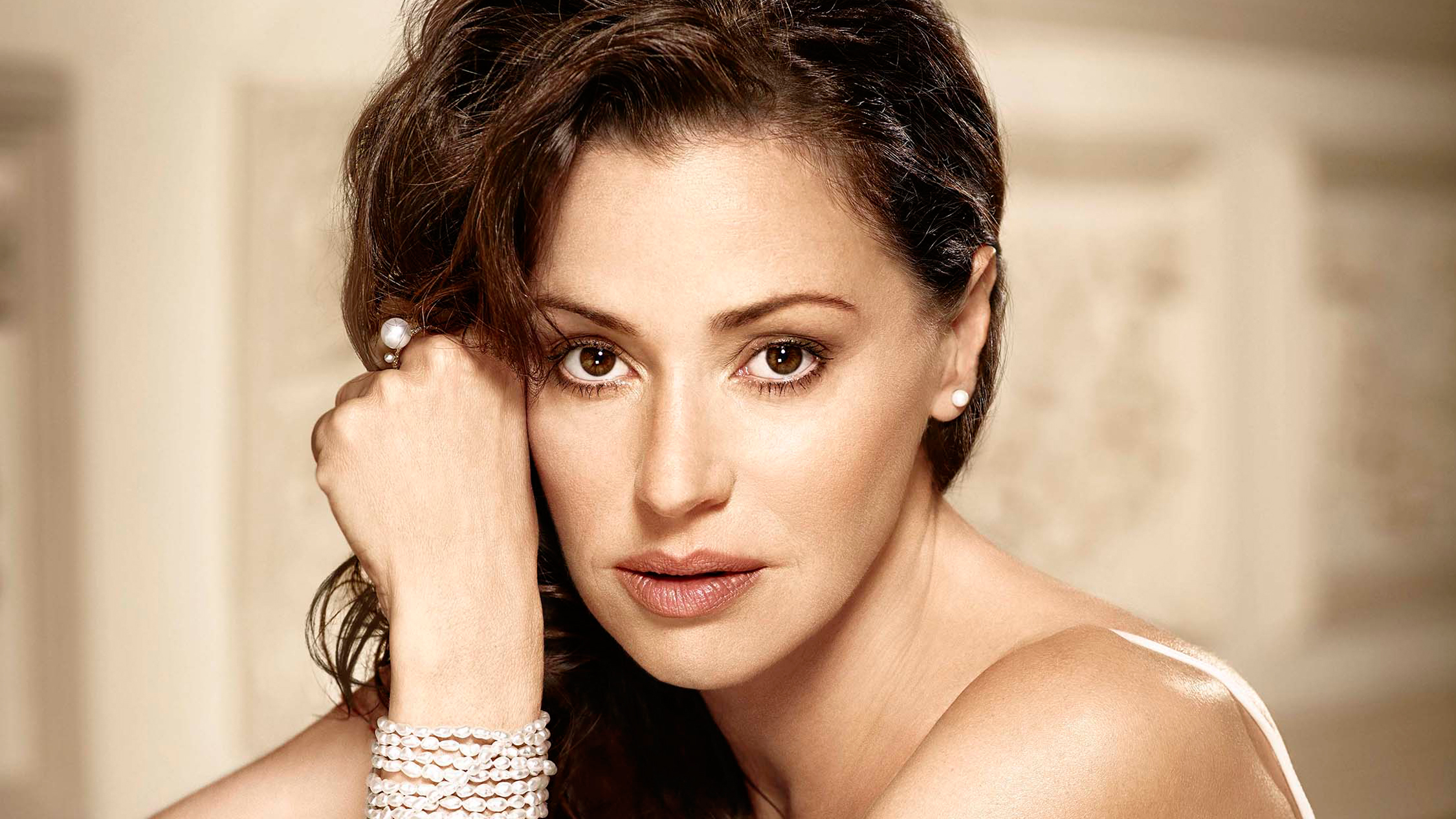 Evita 2018 Opera Australia supplied image of Tina Arena 2014
