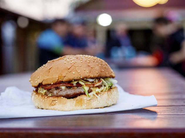 Burger at Alfred's Kitchen