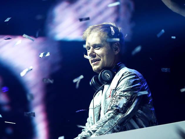 Club Cubic presents Armin Van Buuren