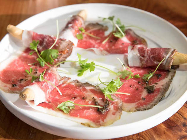 Carpaccio crudo at Barcino