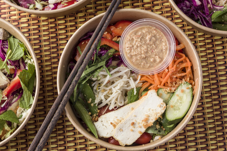 hawkr salad