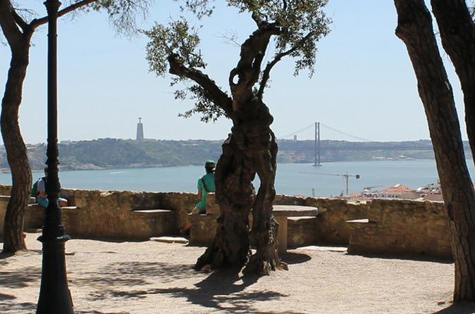 Lisbon walking tours-Lisbon highlights tour