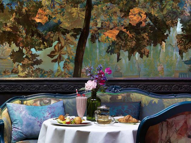 Sketch Glade Restaurants In Mayfair London