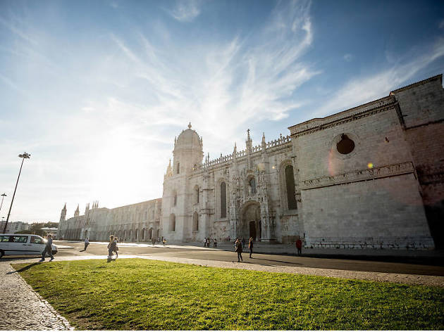 Nine great Lisbon walking tours