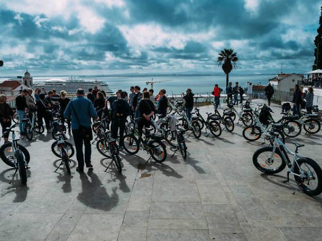 Lisbon bike tours: Historic Lisbon