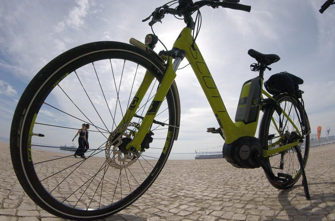 Lisbon bike tours: Sintra and Cascais electric bike tour
