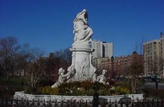 Heinrich Heine Fountain, Joyce Kilmer Park