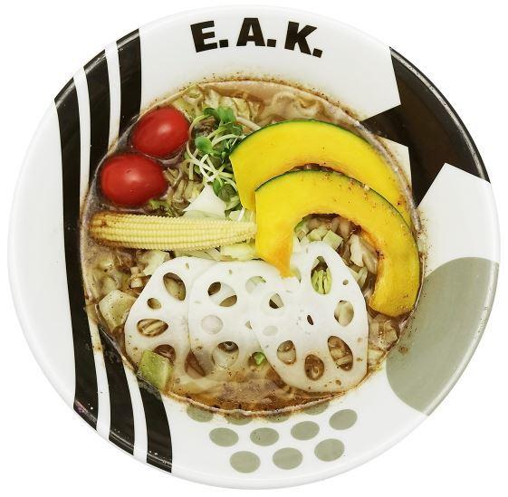 Vegan cold ramen at E.A.K. Ramen