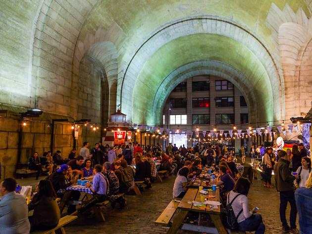 Oktoberfest Underthe Manhattan Bridge