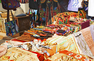 Street market, flea market