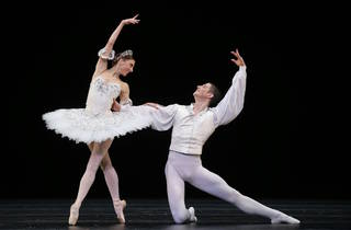 Symphony in C Aus Ballet 3 (Photograph: Jeff Busby)