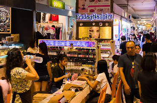Huai Khwang Night Market 04