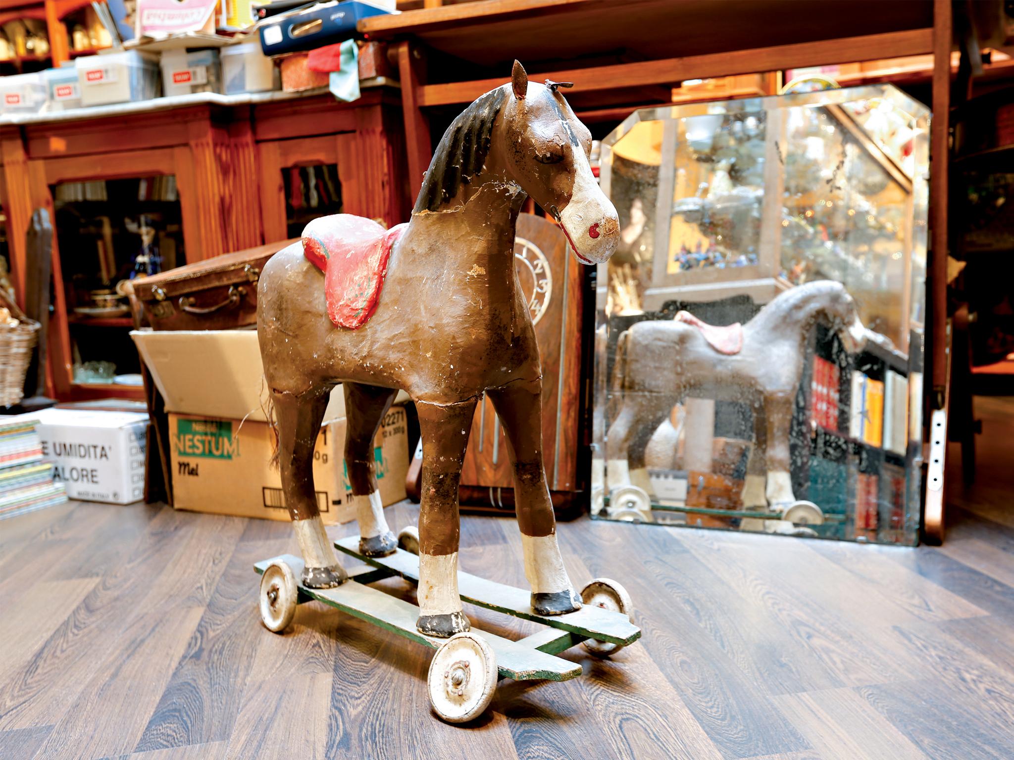 O Sotão da Tia Becas - Cavalo