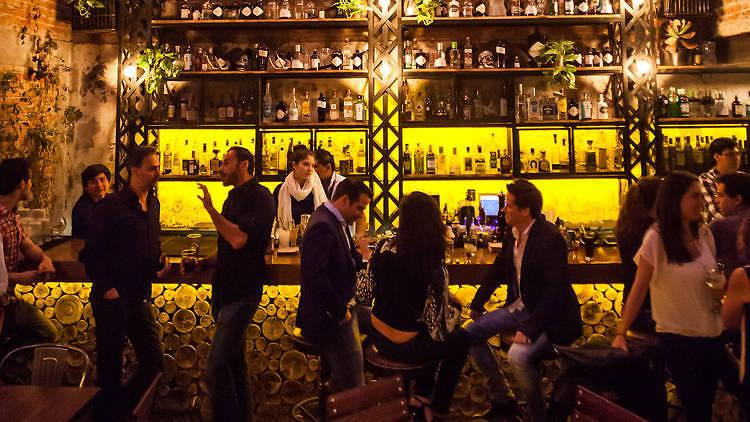 Bar gin gin Polanco CDMX