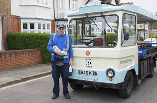 Milkmen still exist in London – and thanks to hipsters they're doing alright