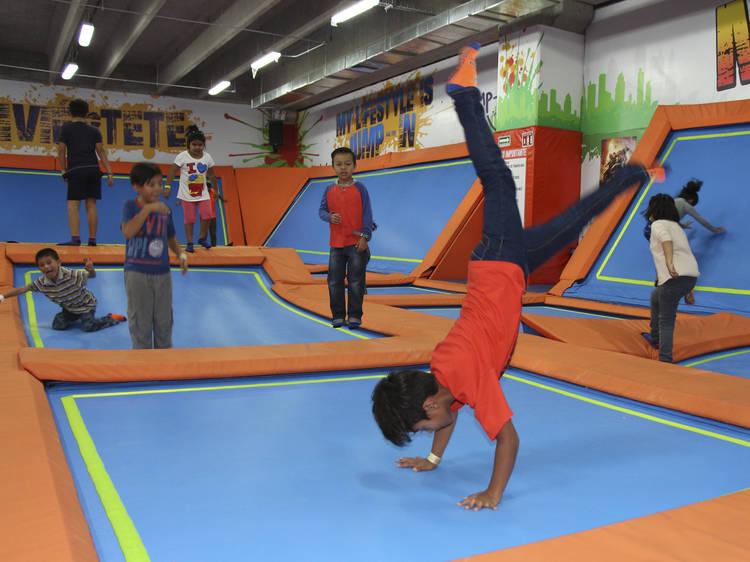 Salta en Jump In Vallejo