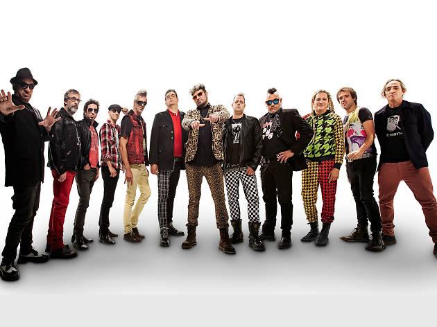 Los Auténticos Decadentes cierran su gira de 30 años en la CDMX