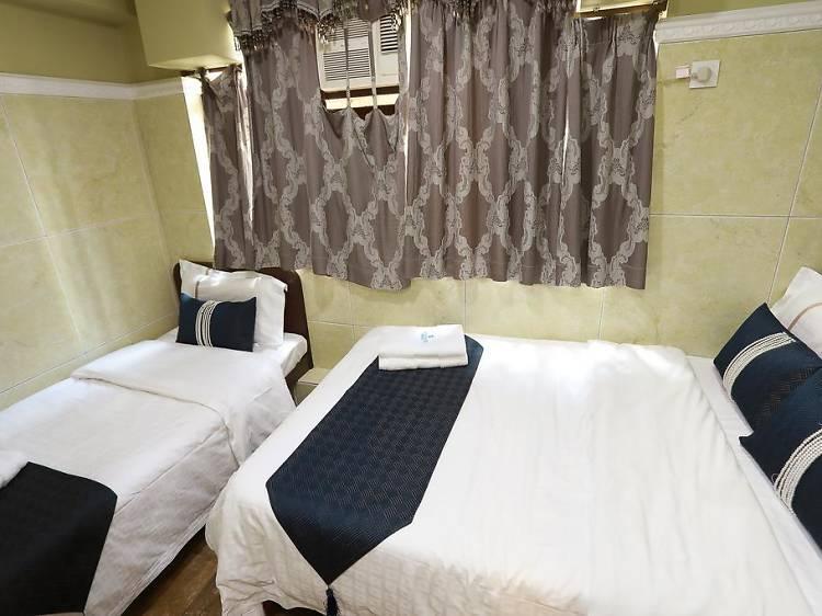 Hotel Cha Cha