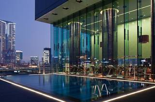 hotel icon pool