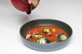 Sardinhas marinadas e porco ibérico