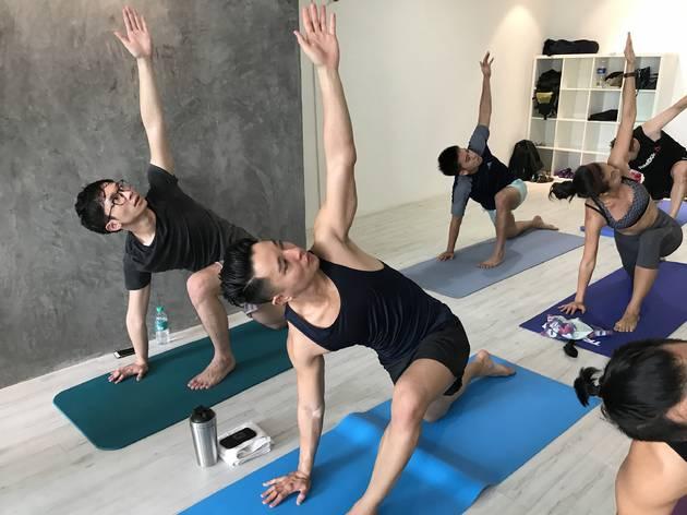 Broga yoga