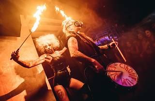CÉ LA VI x Cirque Le Soir Halloween