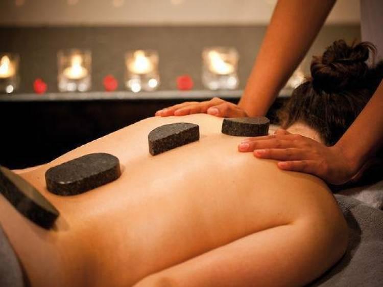Treat your body at Mövenpick Marn-Dah Spa