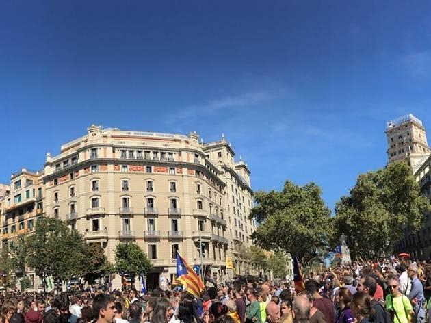 Gran Via amb Rambla de Catalunya, 20 de setembre al migdia