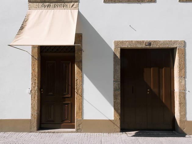 Duas Portas Townhouse