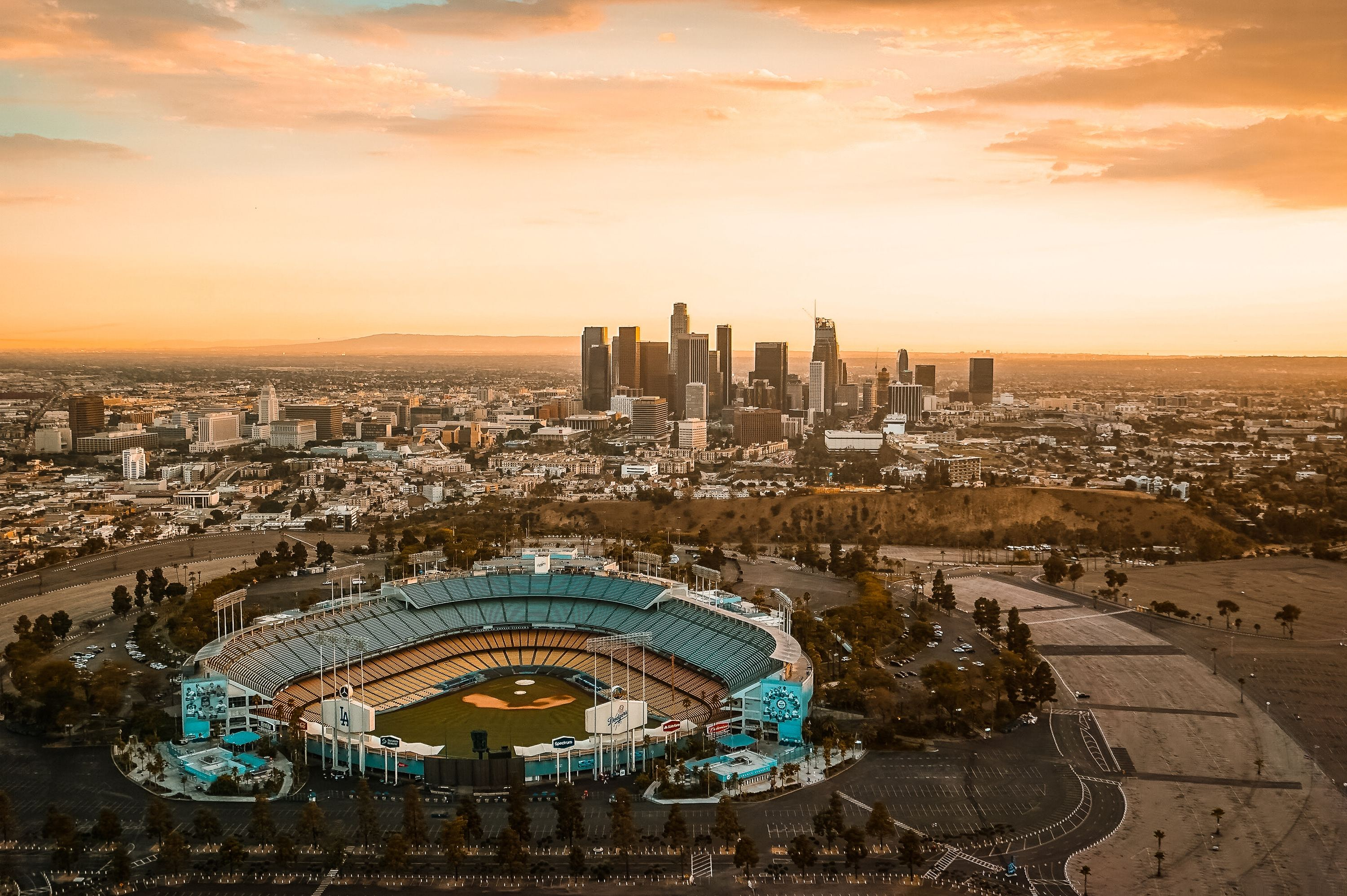 Where to eat at Dodger Stadium and other L.A. sports arenas