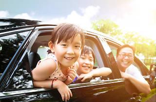 Family travelling, kids