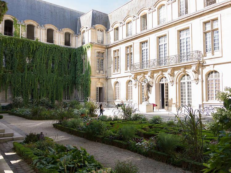 12 Unmissable Museums in Paris