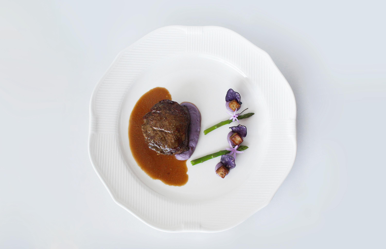 Black Angus com batata vitelotte - Restaurante Egoísta