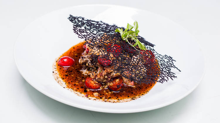 Ceviche negro de Hotel Casa Awolly