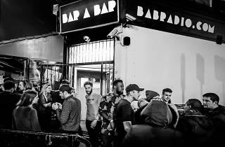Bar A Bar, 2017