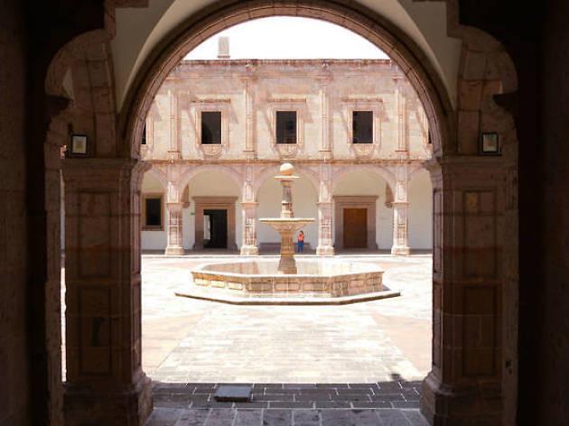 Centro Cultural Clavijero