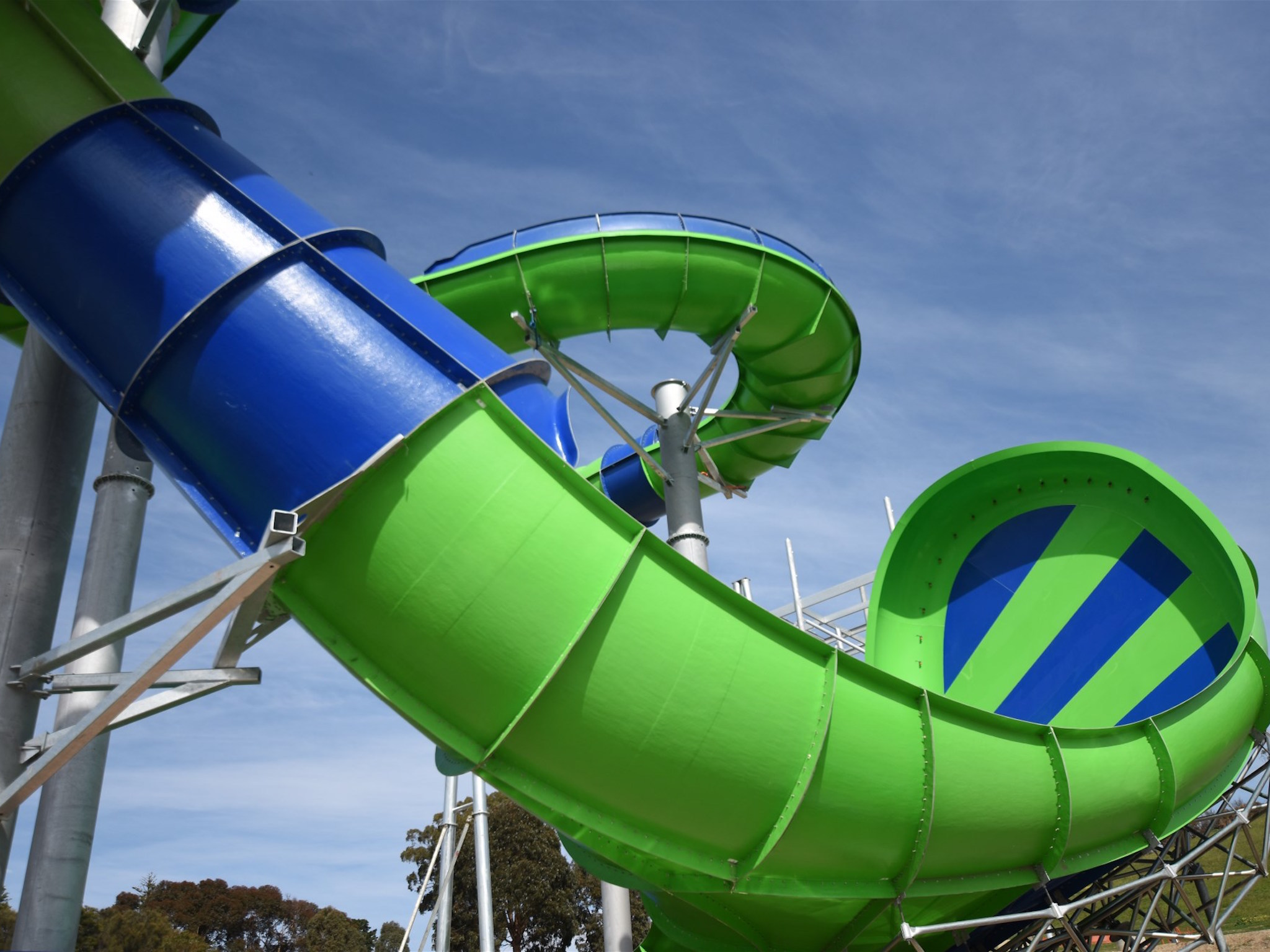 Try a new world record-breaking waterslide