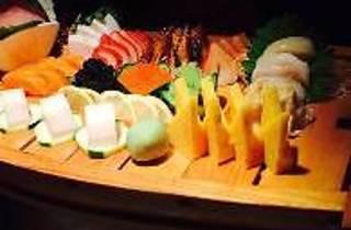 Hiroshi Japanese Asian Fusion Lounge