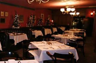 Valley Inn Restaurant and Martini Bar