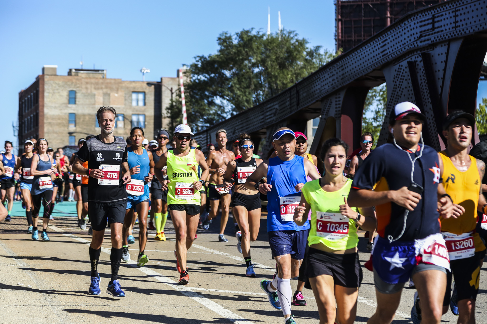 Run a free 5K race in Chicago parks this summer