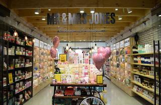 Stationery shop Mr and Mrs Jones QVB