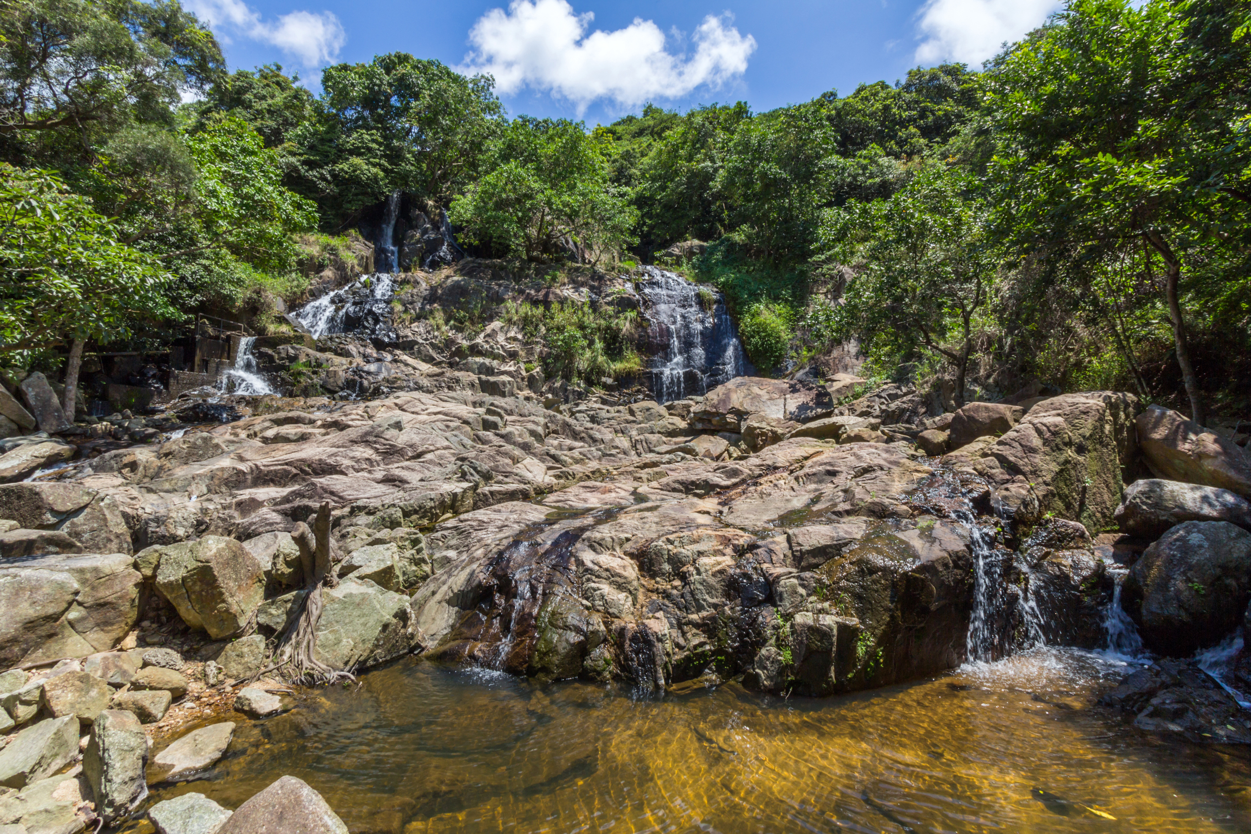 mui wo waterfalls