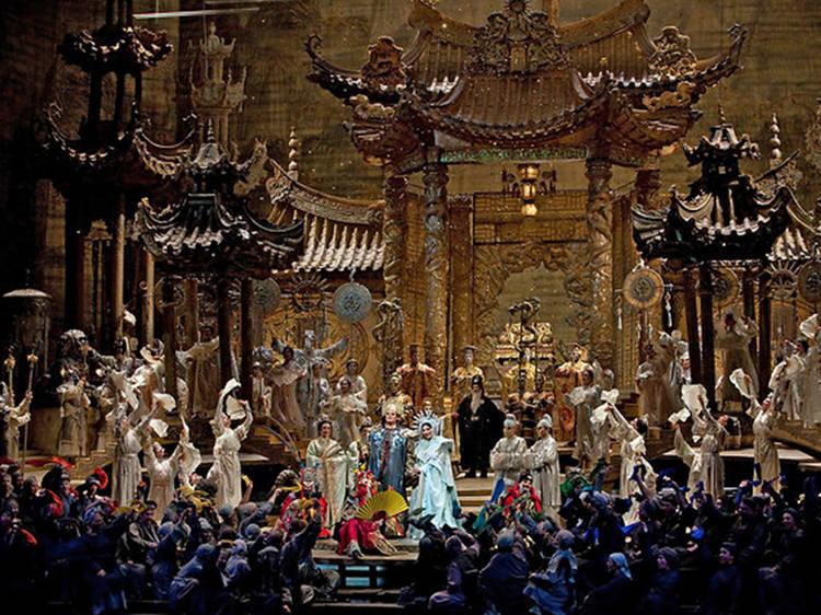 Sete óperas passadas no Extremo Oriente