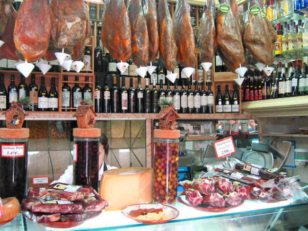 Lisbon food tours: Gourmet Portuguese Food and Wine Tour