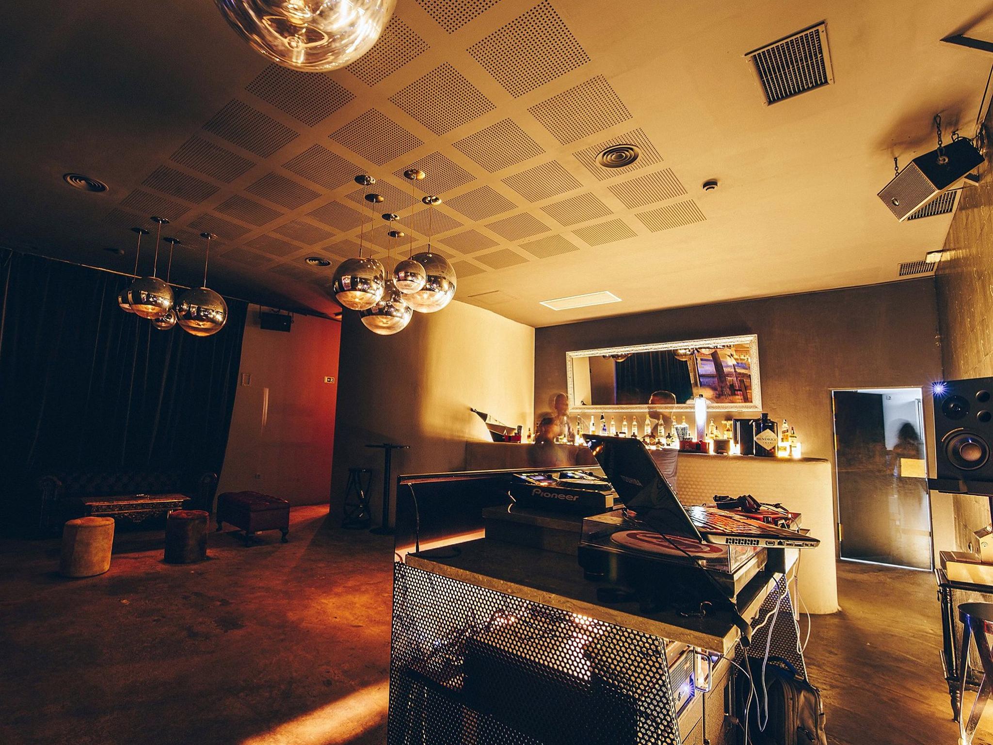 Microclub