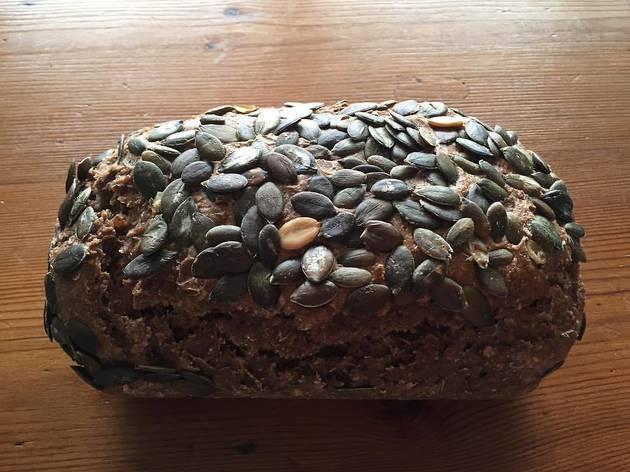 Pão escuro alemão – Tartine